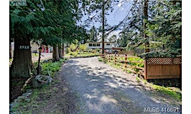 1915 Llewellyn Place, North Saanich, BC, V8L 1G4