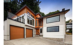 5250 Westover Place, Saanich, BC, V8Y 1P6