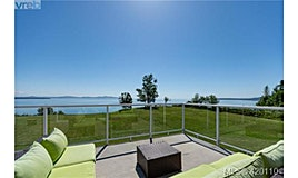3285 Livesay Road, Central Saanich, BC, V8M 1W7