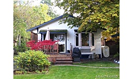 3228 Seaton Street, Saanich, BC, V8Z 3V7