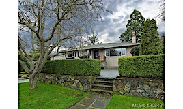 2515 Central Avenue, Oak Bay, BC, V8S 2T4