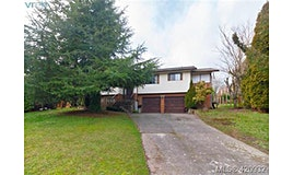 7246 Walcer Place, Central Saanich, BC, V8M 1M7