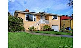 2064 Allenby Street, Oak Bay, BC, V8R 3C1