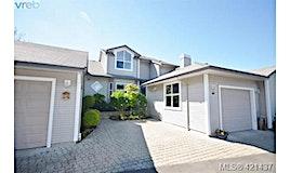 6-3633 Cedar Hill Road, Saanich, BC, V8P 3Z3