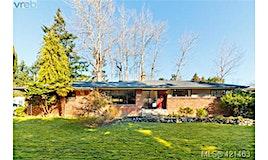 2860 Tudor Avenue, Saanich, BC, V8N 1L9