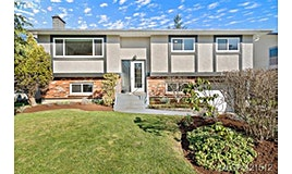 1610 Wycliffe Place, Saanich, BC, V8N 4X4