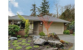 27-899 Royal Oak Avenue, Saanich, BC, V8X 3T3