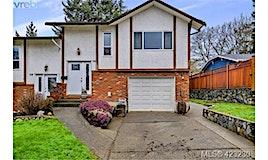 716 Stancombe Place, Esquimalt, BC, V9A 7E6