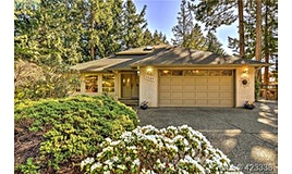 7349 Seabrook Road, Central Saanich, BC, V8M 1M9