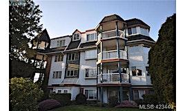 305-1220 Fort Street, Victoria, BC, V8V 3L2