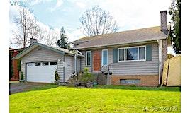 1275 Lonsdale Place, Saanich, BC, V8P 5L3