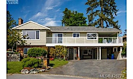 7040 Tamarin Place, Central Saanich, BC, V8M 1G8