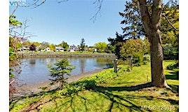 407 East Treebank Road, Esquimalt, BC, V9A 4H5