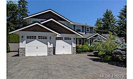 5093 Lakeridge Place, Saanich, BC, V8Y 2R1