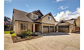 3858 South Valley Drive, Saanich, BC, V8Z 7Y9